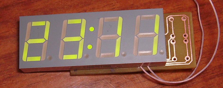 Схема часов на Attiny2313